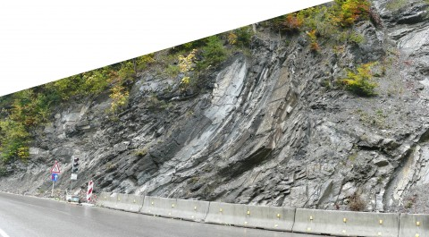 Fold at Riedberg Pass, Full view.